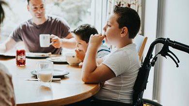 Photo of پدر و مادرهایی که کودک دارای معلولیت جسمانی دارند، حتما این مطلب را بخوانند